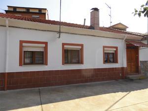 Chalet en Venta en Canalina, 20 / Sabero