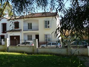 Casa adosada en Venta en Vicente Aleixandre, 24 / Arriate