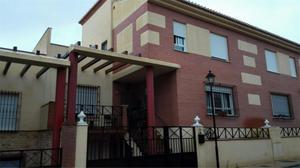 Casa adosada en Venta en Cristo de la Sentencia, 5 / Guadix