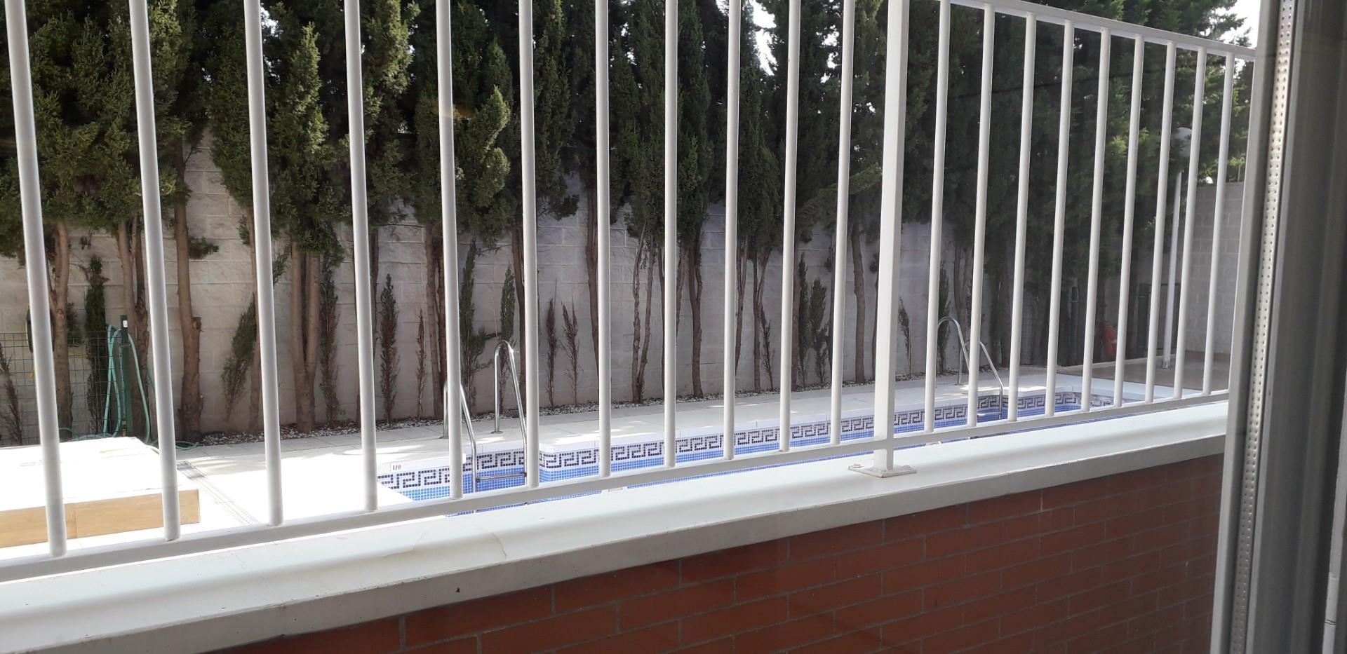 Piso de alquiler en Avenida Andalucía Las Flores (Las Lagunas de Mijas, Málaga)