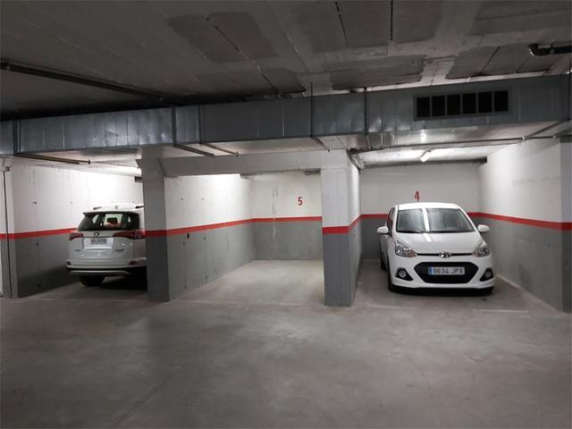 Garaje en Alquiler en Carrer Del Doctor Carles Pol