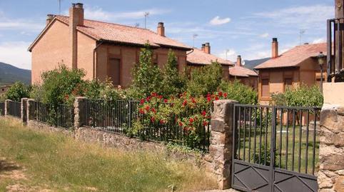 Foto 4 de Casa adosada de alquiler en Urbanización Santa Inés, 13 Vinuesa, Soria