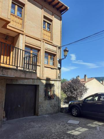 Casa adosada en Alquiler en Urbanización Santa Iné