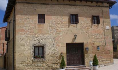 Viviendas y casas en venta en Santa Gadea del Cid