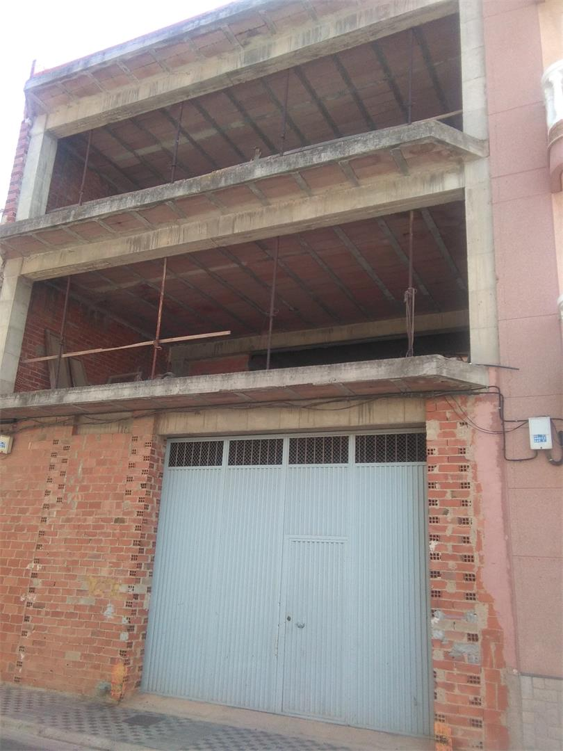 Casa adosada  Calle vall d'uxó. Nules / calle vall d'uxó