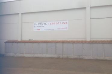 Nave industrial en venta en  Huesca Capital