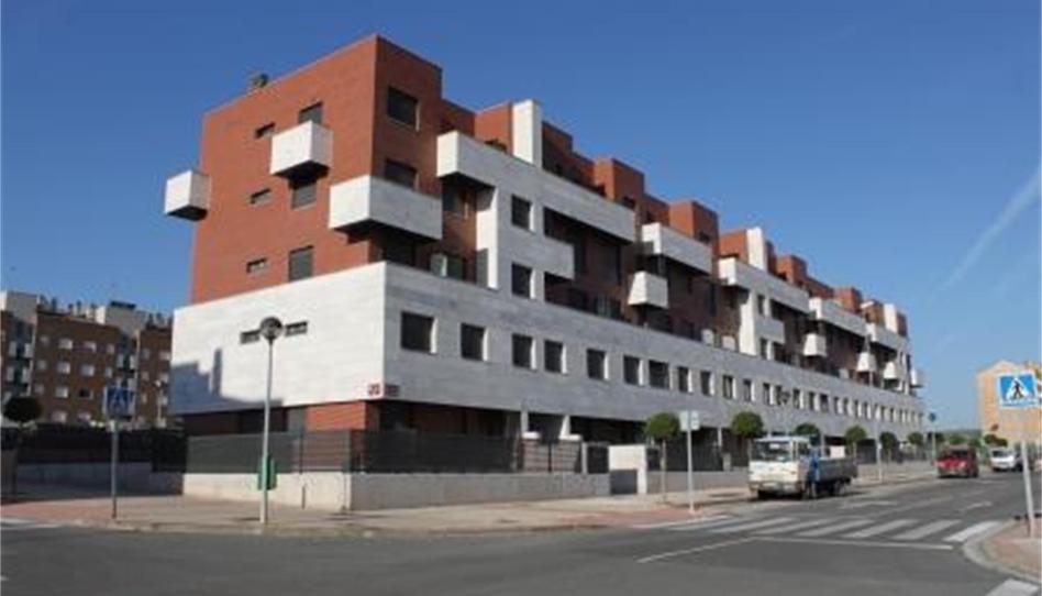 Foto 1 de Garaje en venta en Cl/gran Bretaña 3      Sótano Plaza Nº 19 Portillejo - Valdegastea, La Rioja