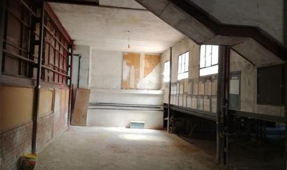 Fabrikhallen zum verkauf in El Tiemblo