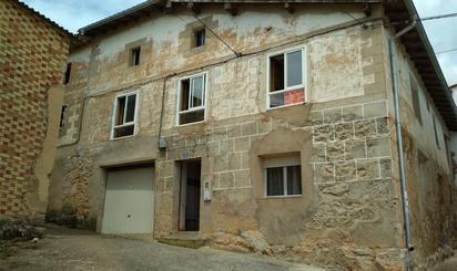 Viviendas y casas en venta en Miraveche