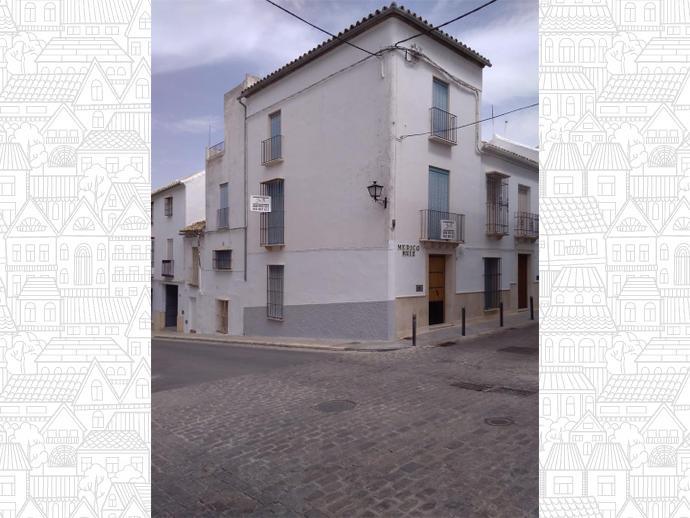 Casa adosada en estepa en calle m dico ruiz 1 148053919 fotocasa - Pisos en estepa ...
