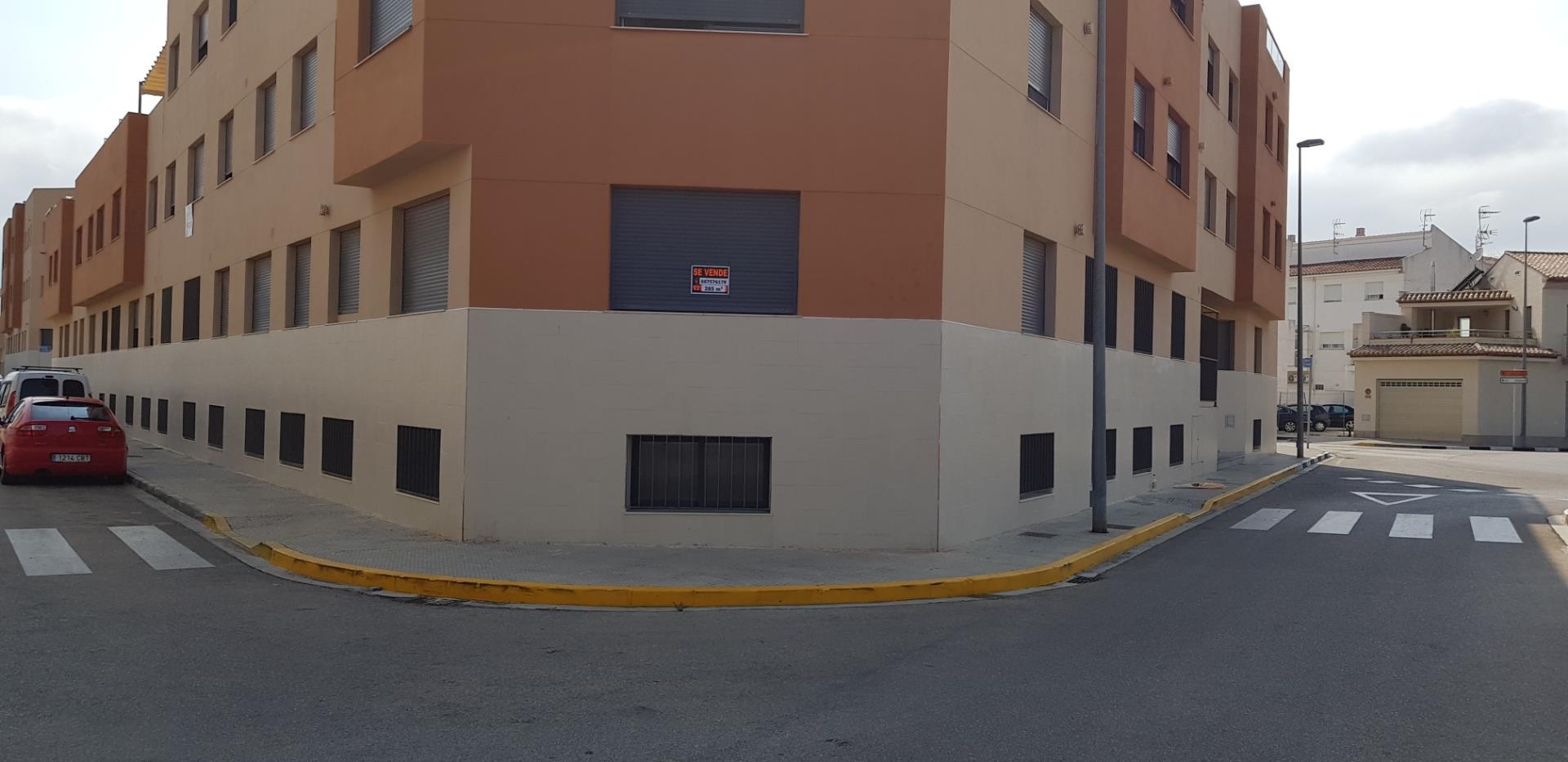 Duplex in Almoines. Almoines
