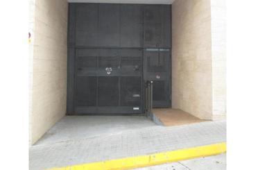 Garage zum verkauf in Centre