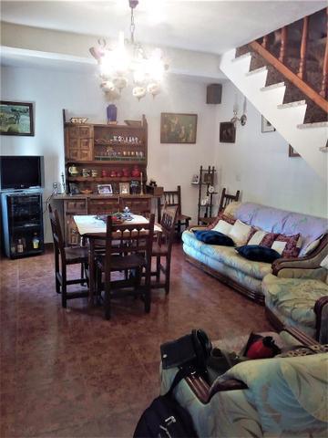 Casa adosada en Alquiler en Calle San Vicente,  de