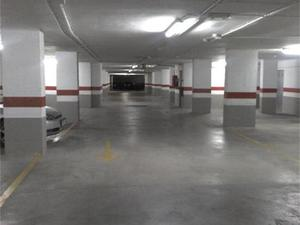 Garage spaces for sale at Paterna