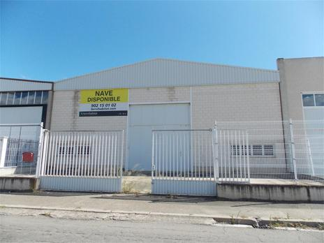 Industrial buildings for sale with air conditioning at España