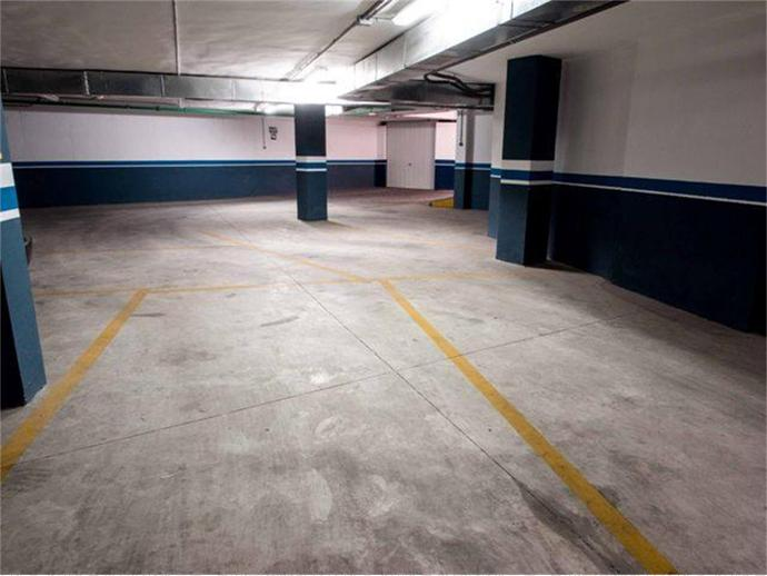 Foto 2 de Garatge a  / Hellín