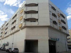 Garajes en venta con terraza baratos en España