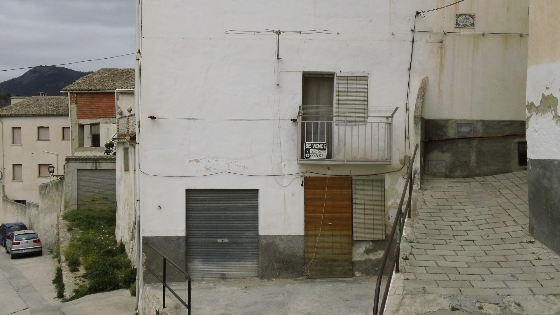 Casa  Calle san juan. Benilloba / calle san juan