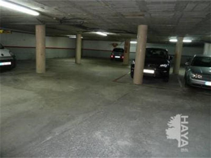 Foto 2 von Garage in Strasse Joan Maragall Tona