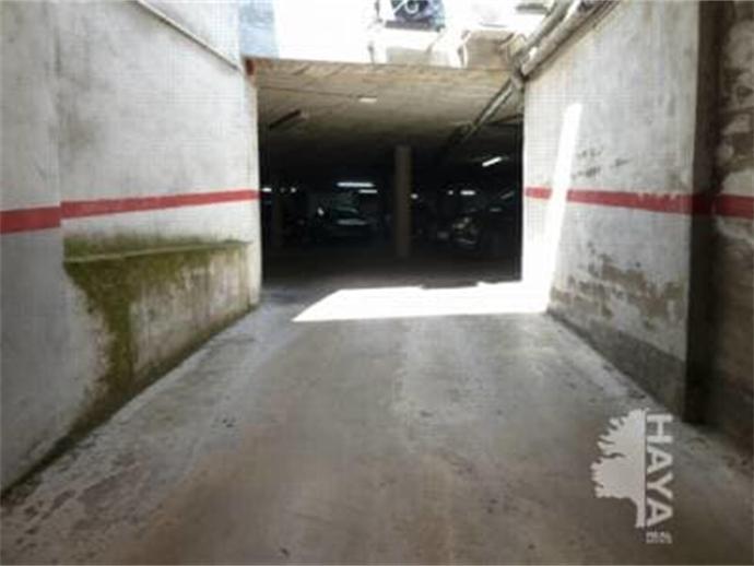 Foto 3 von Garage in Strasse Joan Maragall Tona