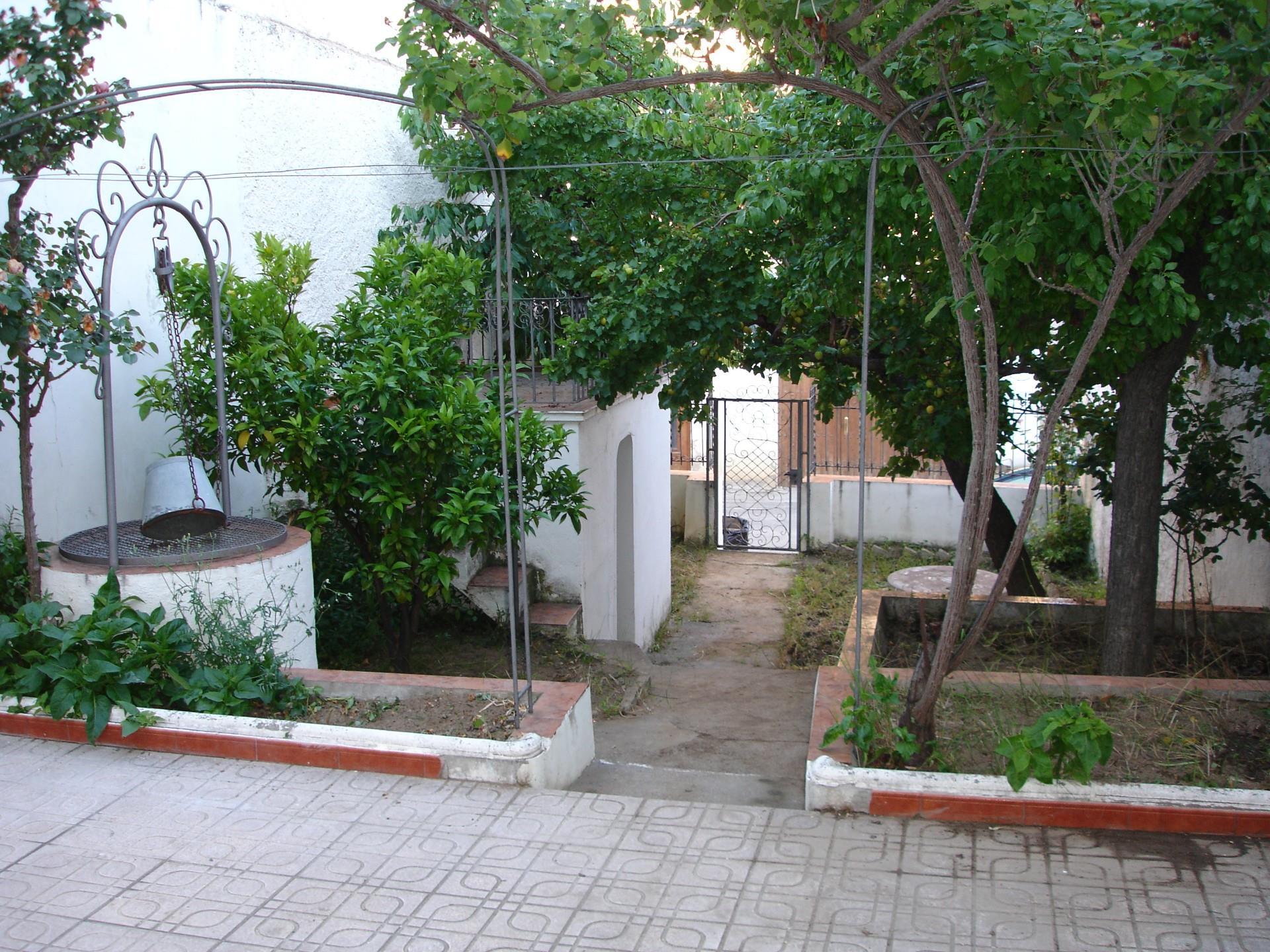 Casa adosada  Avinguda catalunya. Corbera d'ebre