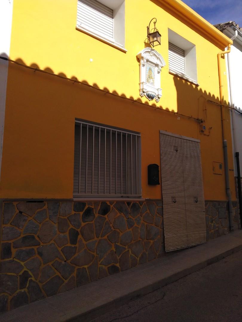 Casa adosada  Calle san miguel. Beniarrés / calle san miguel