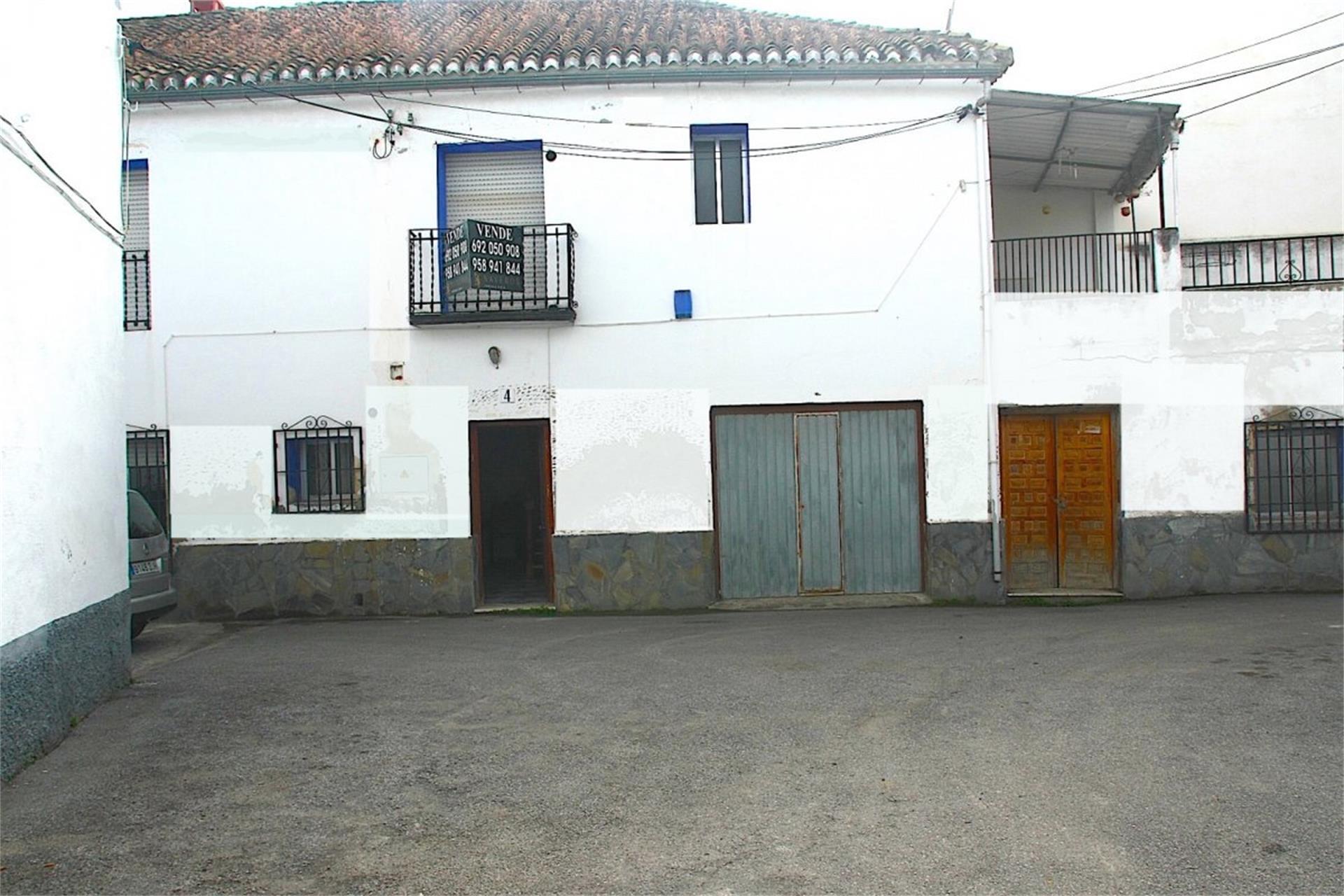 Casa  Calle vía del tranvía. Cájar / calle vía del tranvía