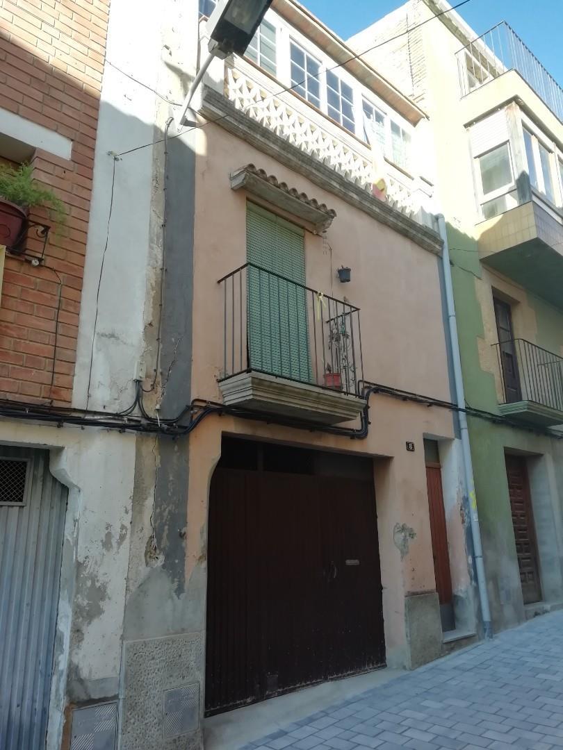 Casa adosada  Carrer pregàries. Arbeca / carrer pregàries