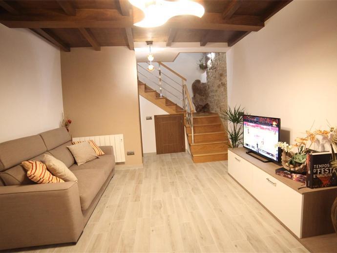 Foto 1 de Casa adosada de alquiler en Rúa Do Campo Da Angustia, 9 Campus Norte - San Caetano, A Coruña