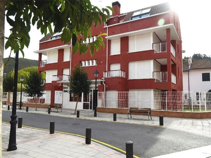 Foto 2 de Piso en venta en Casco Viejo, Bizkaia