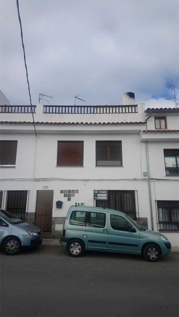 Casa adossada  Calle del calvario. Altura / calle del calvario