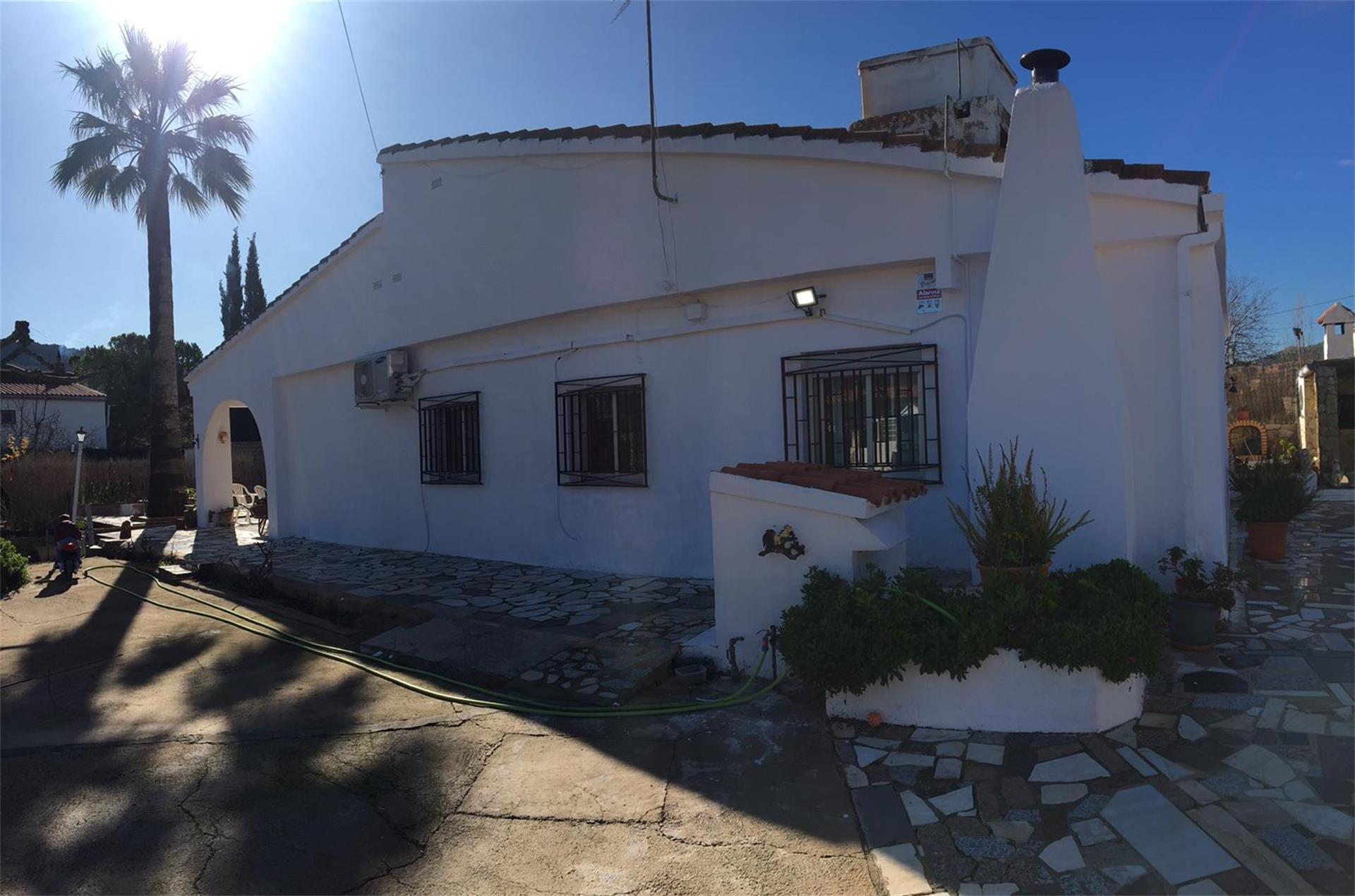 Casa  Partida valle. Borriol