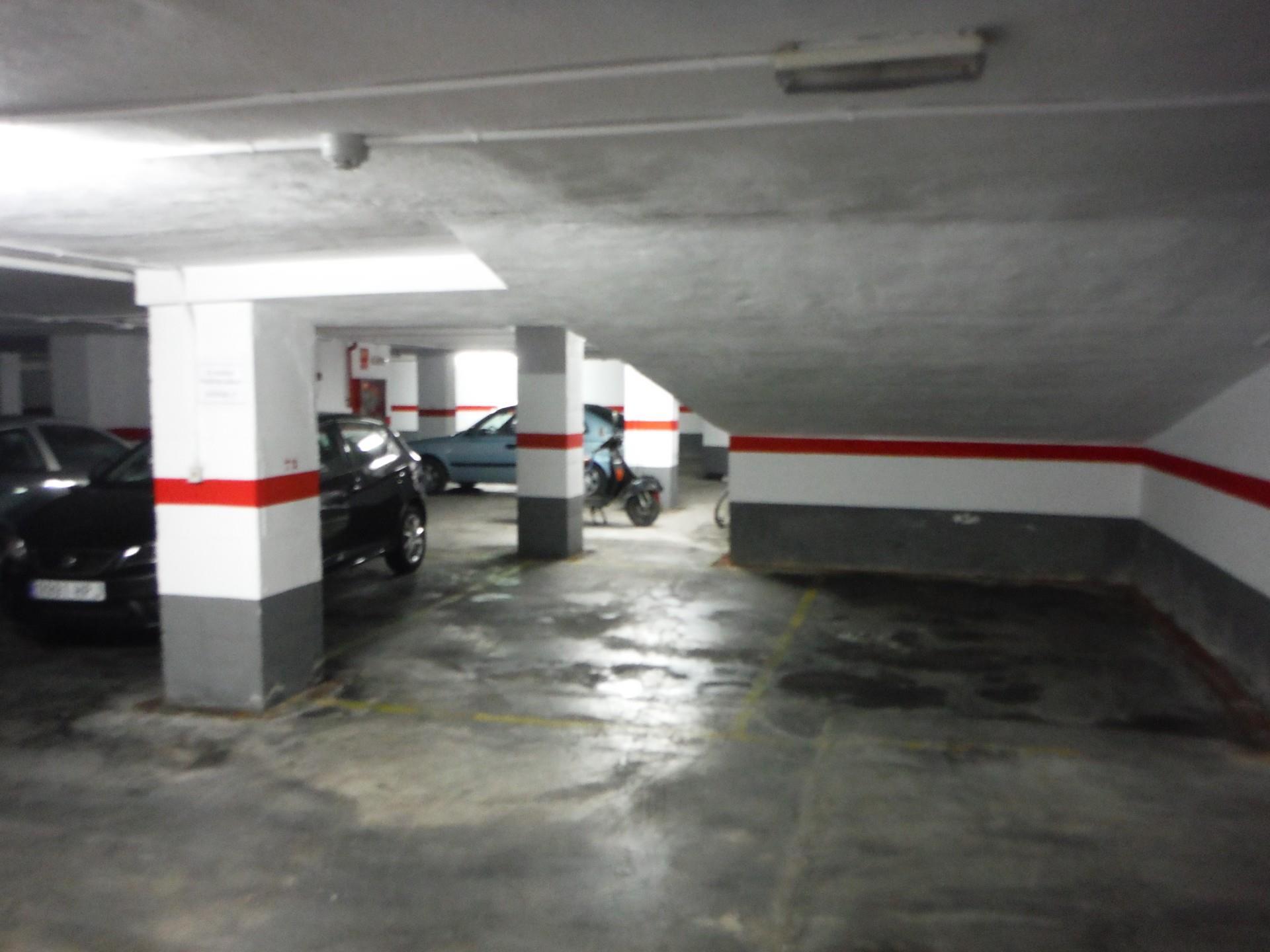 Lloguer Aparcament cotxe  Plaza poeta vicente gaos. La bega baixa - plaza xúquer / plaza poeta vicente