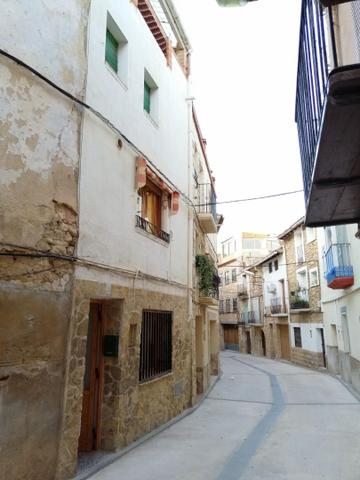 Casa adosada en Alquiler en  de Valdealgorfa, Casa
