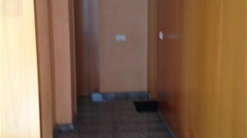 Foto 3 de Oficina de alquiler en El Camp de l'Arpa del Clot, Barcelona