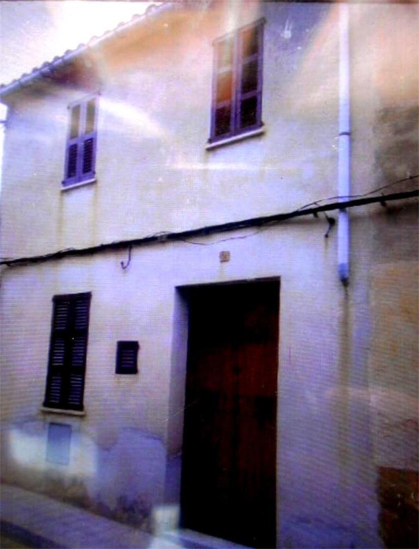 Casa adosada  Carrer doctor cajal. Petra / carrer doctor cajal