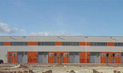 Edificio en venta en C/ Mar Tirreno, Montserrat - Parque Empresarial