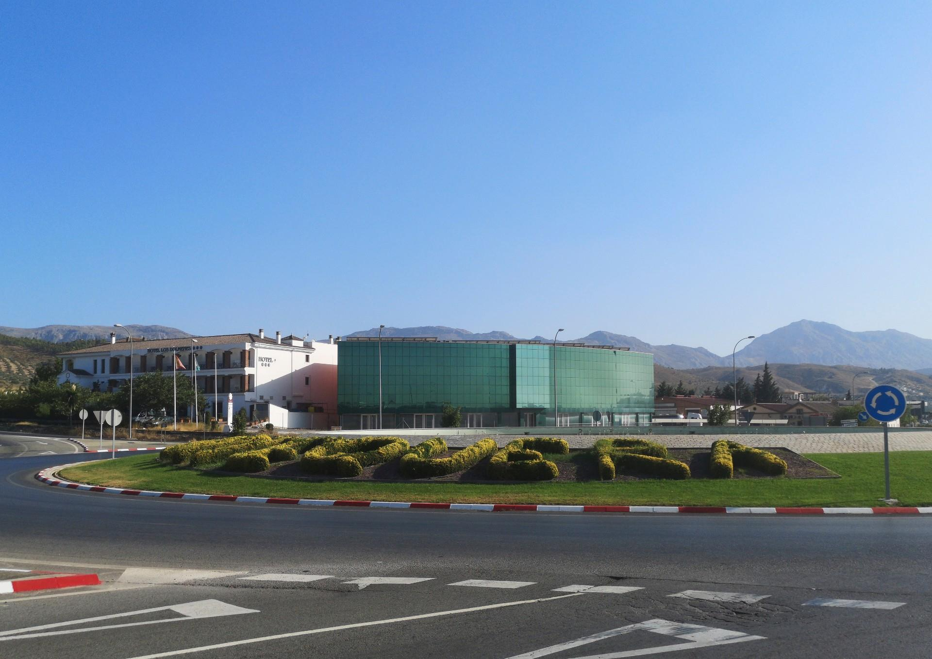 Oficina de alquiler en Zona de Cueva de Menga (Antequera, Málaga)