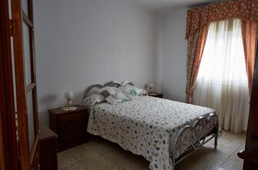 Casa adosada en venta en Calle Azorín, Olvera