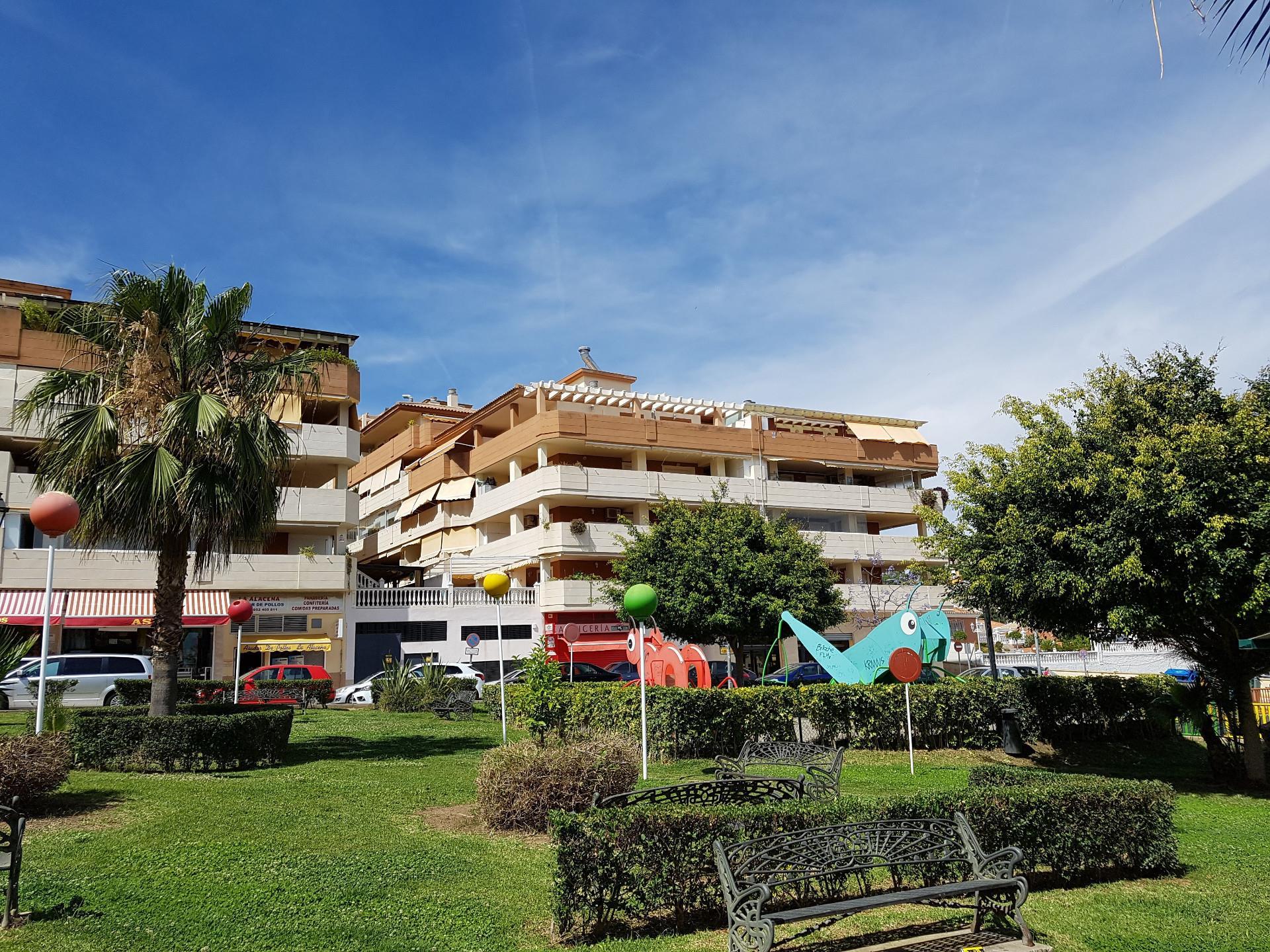 Piso de alquiler en Calle Limonero Rincón de la Victoria ciudad (Rincón de la Victoria, Málaga)