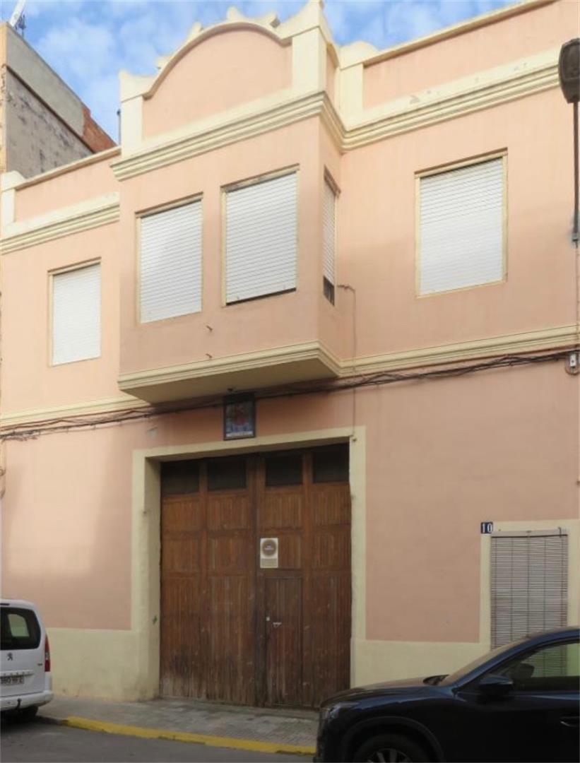 Reihenhaus  Calle cardenal cisneros. Alberic / calle cardenal cisneros