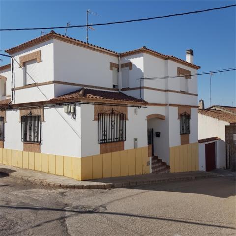 Casa adosada en Venta en Calle Ramón Y Cajal,  de