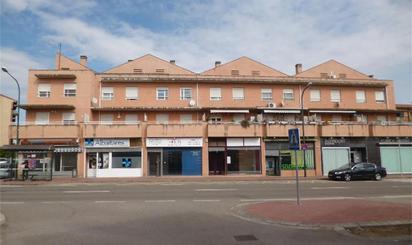 Locales en venta en La Puebla de Alfindén