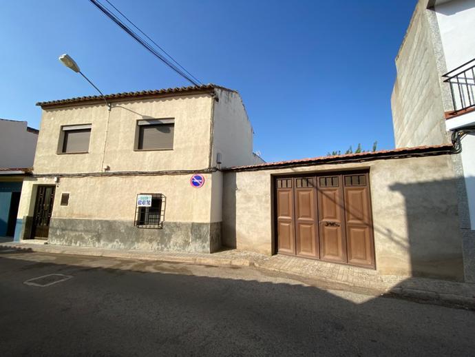Foto 1 de Casa adosada en Calle Pablo Ruíz Picasso, 9 Moral de Calatrava