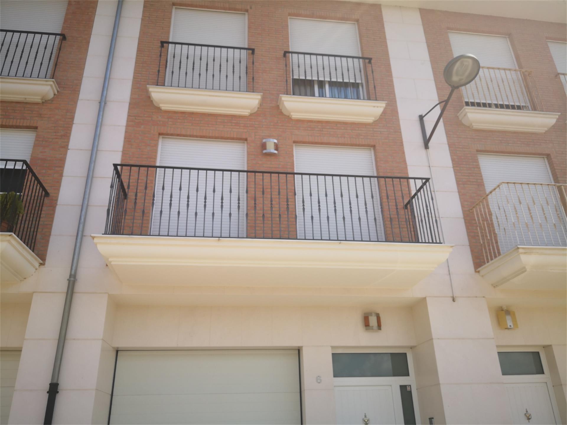 Casa adossada  Calle 8 de marzo. Sollana / calle 8 de marzo