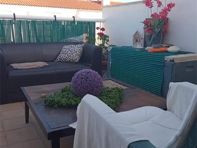 Foto 2 de Casa adosada de alquiler en Playa - Ben Afeli, Castellón