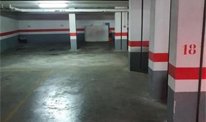 Plazas de garaje de alquiler en Metro Armilla, Granada