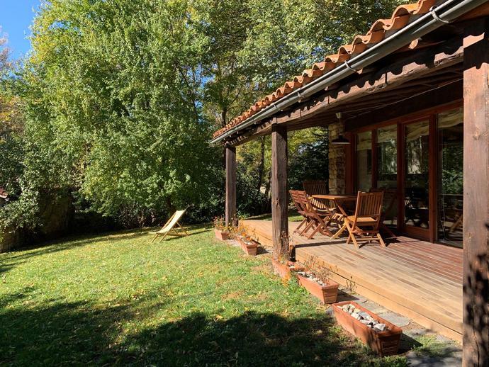 Foto 3 de Casa o chalet en Carrer Solé Sabarís Bellver de Cerdanya