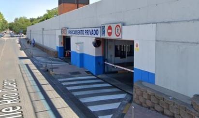 Plazas de garaje en venta en Parque Brigadas Internacionales, Madrid