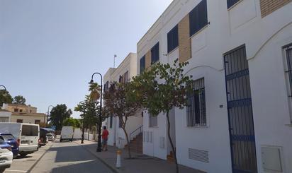 Piso en venta en Av/andalucía 78           17, Los Barrios